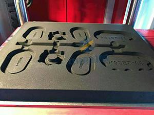 柴油机配件铸造_柴油机配件造型机