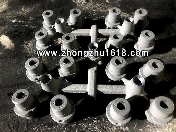铸铁轴套_造型机_耐磨铸铁轴套生产铸造